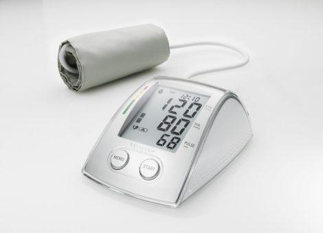 MTX felkaros vérnyomásmérő, USB adatátvitellel