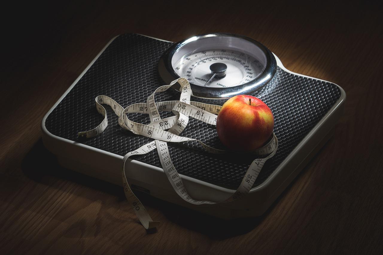a magas vérnyomás és a túlsúly közötti kapcsolat a 3 fokozatú magas vérnyomás prognózisa